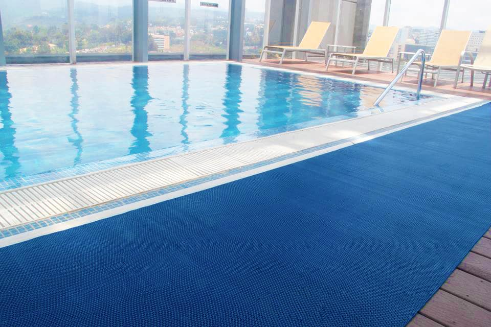 Products ace floor mats suppliers for business for Swimming pool flooring materials
